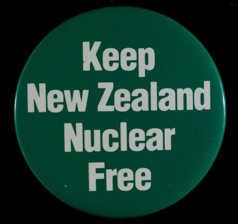GH011813; Badge, 'Keep New Zealand Nuclear Free'; 1980s; Unknown (image/tiff)