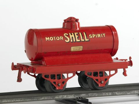 GH003725/7; Model oil tank car; circa 1934; Meccano ; view 1 (image/tiff)