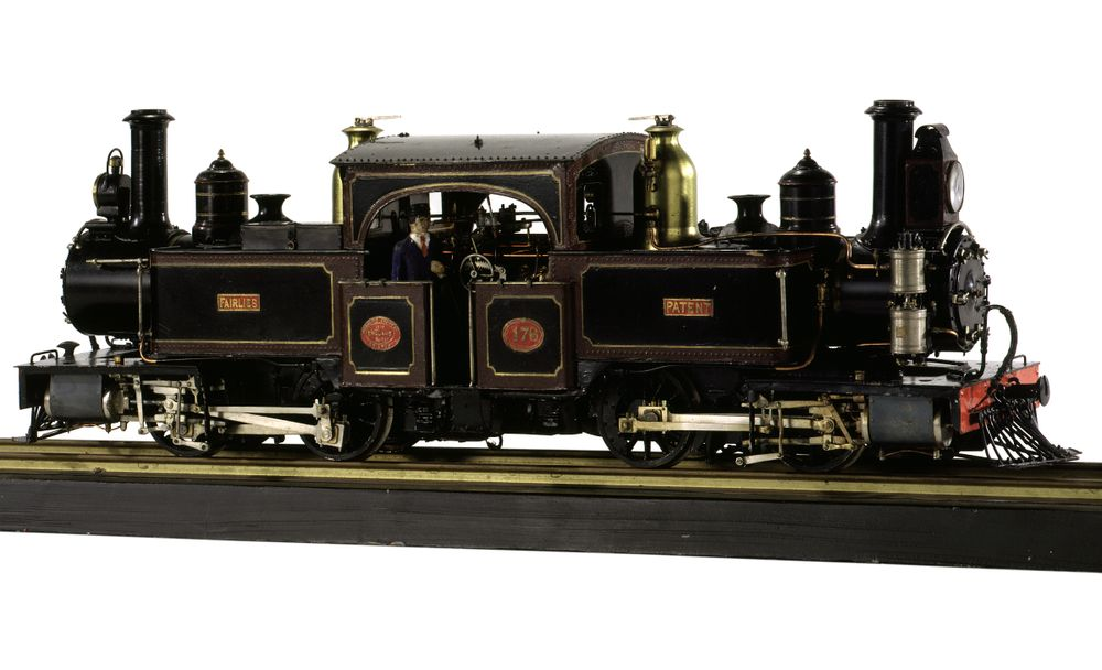 Model steam locomotive | Collections Online - Museum of New