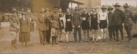 O.031994; Untitled [Army personnel standing with runners]; 1919; Green and Hahn (image/tiff)