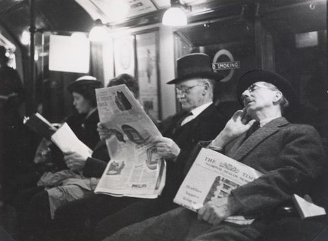 O.005917/03; Tube, or London Underground; September 1937; Lee-Johnson, Eric ; without frame (image/jpeg)