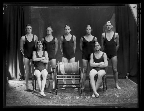 C.003498; New Plymouth Boys High School Surf Team; 1931; Oakley, William (image/tiff)