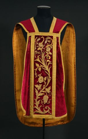 Church vestments: Addressing the faithful