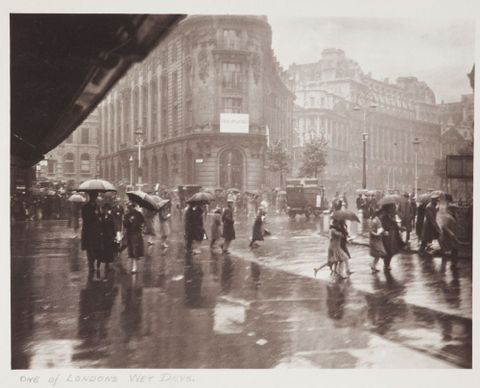 One of Londons wet days. From the album: Photograph album - London