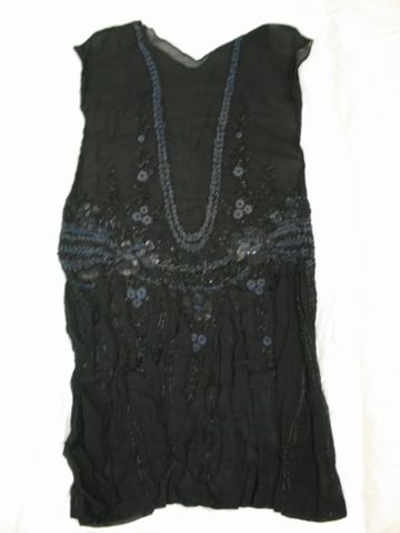 GH005702; Beaded dress; 1920s; Unknown (image/jpeg)