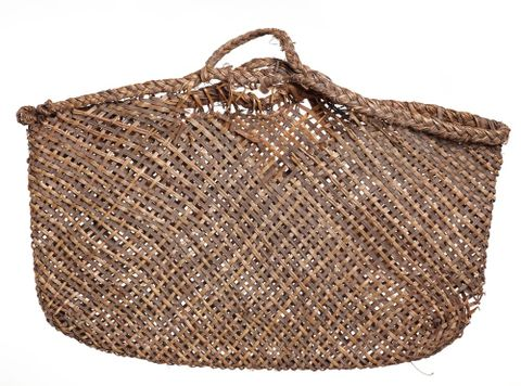 ME000504/2; Kete (bag) ; view 01 (image/tiff)