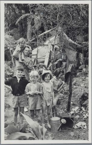 Lee-Johnson family at Piha, 1946-1948, North Island, by Eric Lee-Johnson. Purchased 1997 with New Zealand Lottery Grants Board funds. Te Papa (O.011081)