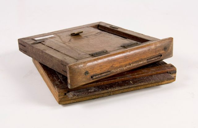 GH007795; Wet plate holder; 1880s; ... & Wet plate holder | Collections Online - Museum of New Zealand Te ...