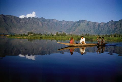 CT.059872; Dal Lake, Srinagar, Kashmir, India; 1957; Brake, Brian (image/tiff)
