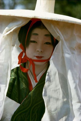 CT.059860; Woman in Heian Period costume, Festival of the Ages, Kyoto. Taken for a series on Japan for Life; 1963; Japanese; Brake, Brian (image/tiff)