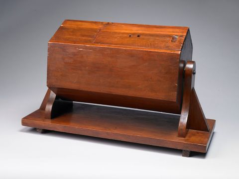 GH003641/1-5; Ballot Box; 1916; Unknown (image/tiff)