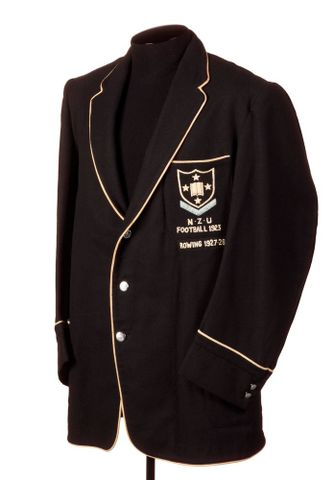 GH014931; Sports blazer, man's; Hallenstein's Ltd (image/tiff)
