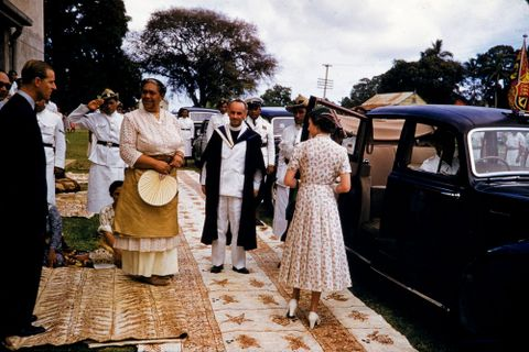 CT.045197; Tonga, Royal Tour:; 1953; Brake, Brian (image/tiff)