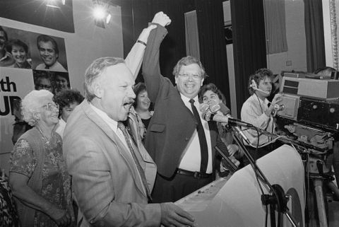 Labour wins the 1987 election