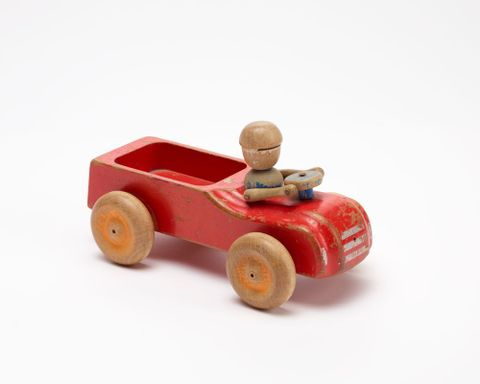 GH011672; Toy, 'Truck'; Circa 1940s; H. E. Ramsey Limited ; view 2 (image/tiff)