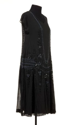 GH005702; Evening dress; mid to late 1920s; Unknown ; view 6 (image/tiff)