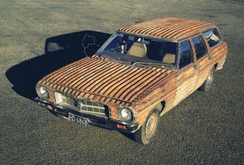 Jeff Thomson's corrugated car (image/tiff)