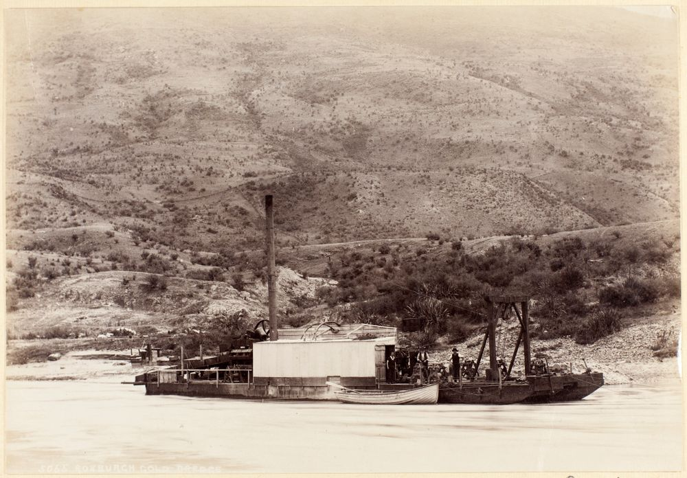 Roxburgh Gold Dredge   Collections Online - Museum of New