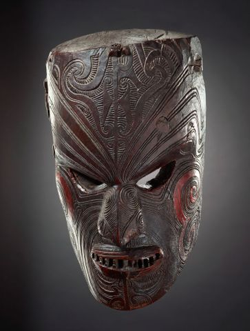Mata kura (ceremonial mask)