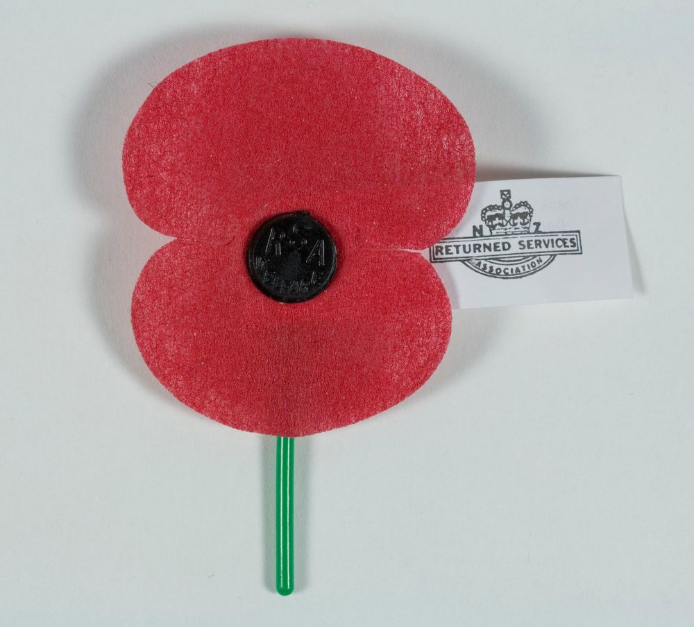 Anzac poppy collections online museum of new zealand te papa anzac poppy mightylinksfo