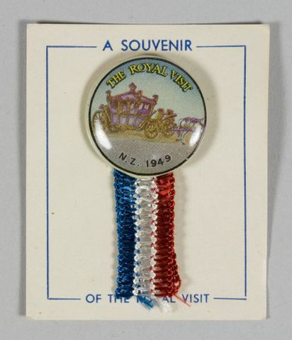Badge, 'Royal Visit', 1949, New Zealand. Maker unknown. Gift of Lynette Townsend, 2011. Te Papa