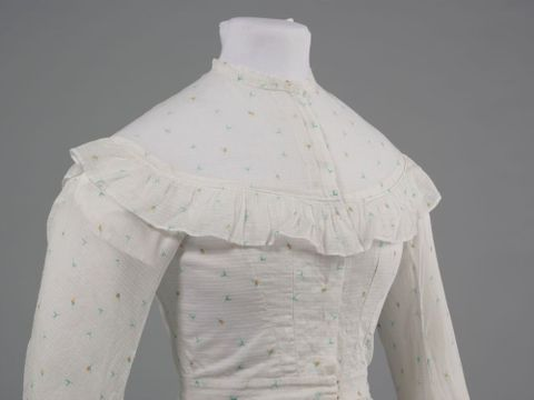 GH016348/1-2; Wedding dress; 1872; Clark, Elizabeth; detail 1 (image/tiff)
