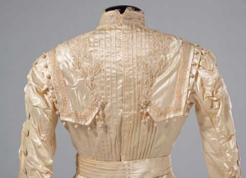 PC002586; Wedding Dress; circa 1890 ; detail 5 (image/tiff)