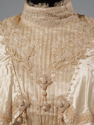 PC002586; Wedding Dress; circa 1890 ; detail 6 (image/tiff)