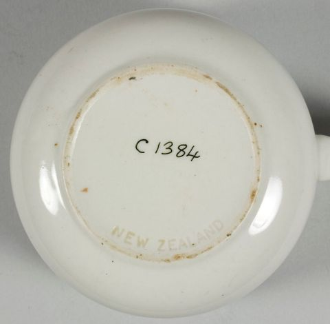 CG001384; Cup and saucer; 1955; Crown Lynn Potteries Ltd ; view 1 (image/tiff)