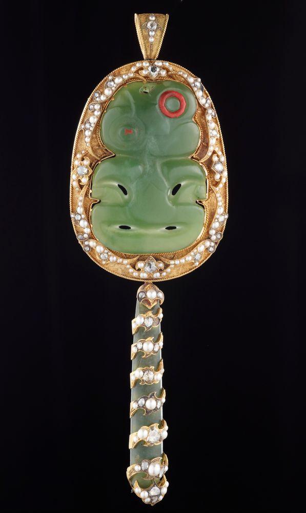 ME015291; Pendant (tiki, kuru, diamond, gold and pearl assemblage); Unknown ; Recto