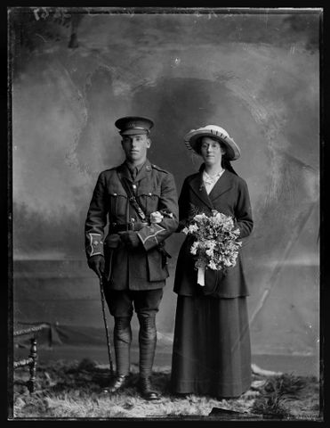 C.025187; Lieutenant Colin Robinson and Mrs Robinson; 1914 - 1919; Berry & Co (image/tiff)