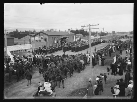The man-o-war's men assembled at the railway station and welcomed by the Mayor of Levin (Mr BR Gardener) and attended by the local Territorial and Cadet Corps