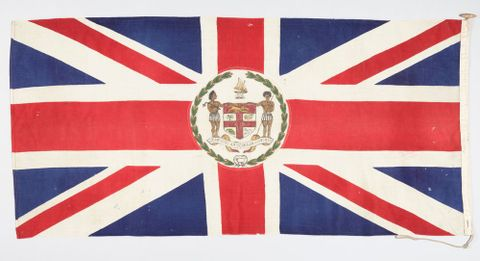 FE012735; Union Jack flag with Fijian crest; circa 1908; Fijian; Unknown ; view 2 (image/tiff)
