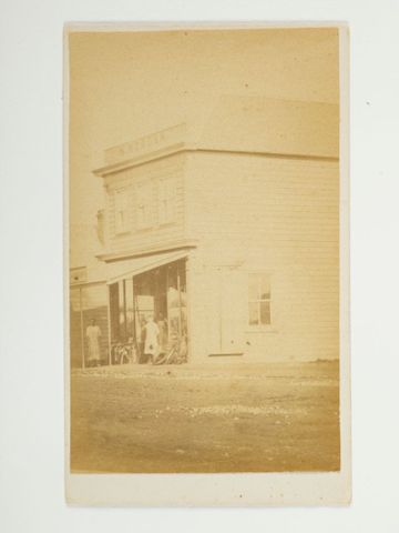 O.021523; Wooden shop; Unknown (image/tiff)