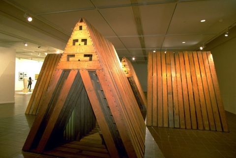 Para Matchitt, <EM>Papa Kāinga</EM>, 1987, wood, Auckland Art Gallery Toi o Tamaki, purchased 1997. Permission of Auckland Art Gallery Toi o Tāmaki must be obtained before any re-use of this image