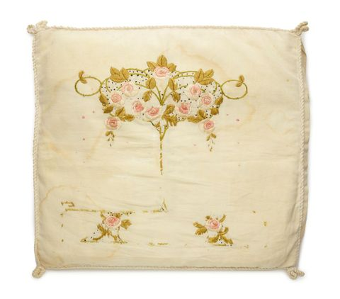 on Embroidered cushion cover, 1916-1919, England. Pauling, William. Gift of Janette Cross in memory of William Wallace Pauling, 2013. Te Papa