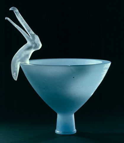 "Robinson, Ann ""Antipodean bowl with Albatross I"" 1996-0033-33/1-2 (image/tiff)"