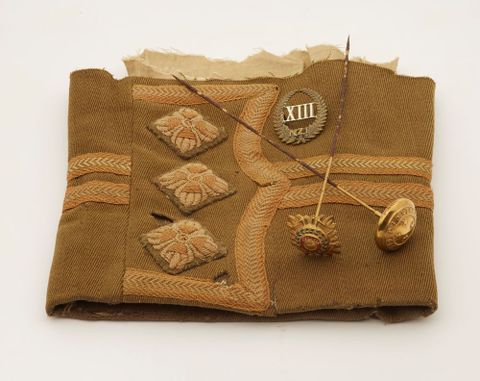 Uniform sleeve (partial), 1914-1918, New Zealand, maker unknown. Gift of Marianne Abraham, 2010. CC BY-NC-ND licence. Te Papa (GH016805)
