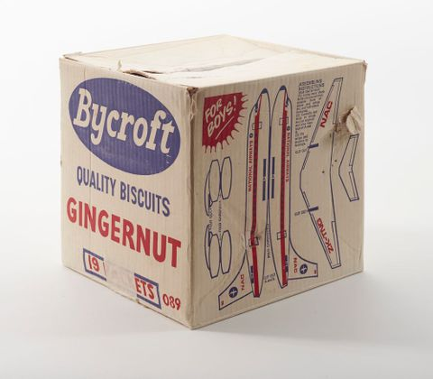 Bycroft Gingernut biscuit box