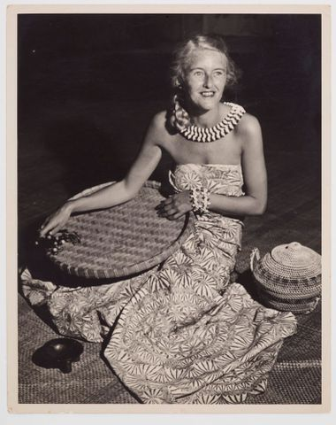 CA000124/001/0040; Helen Hitchings modelling cloth sarong. First craft imports from Samoa into New Zealand: fabric printed with tapa pattern, floor mats, etc; Unknown (image/tiff)