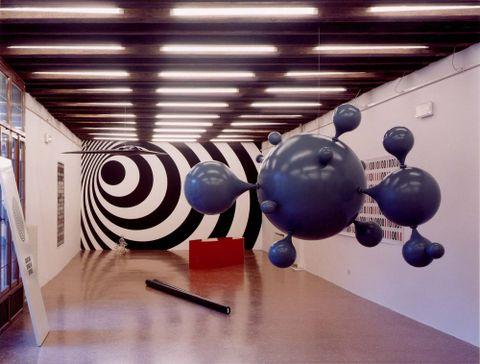 Peter Robinson, <EM>Divine Comedy</EM>, exhibition, 2001