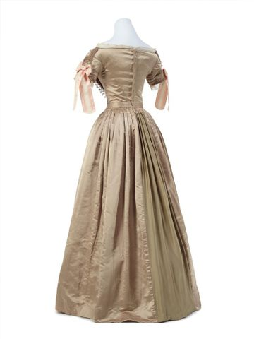 PC001362; Ball gown; 1839-1840; Unknown ; view 4 (image/tiff)