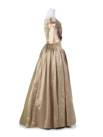 PC001362; Ball gown; 1839-1840; Unknown ; view 6 (image/tiff)