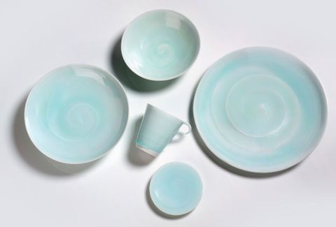 On a plate - [porcelain tableware]