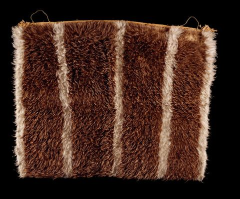ME001378; Kahu kiwi (feather cloak); 1800-1900; New Zealand; Unknown (image/tiff)