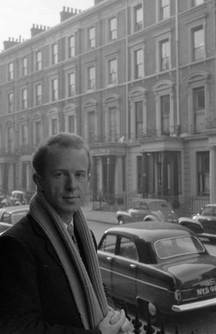 E.006146/37; Brian Brake, London, England; circa 1954; Unknown (image/tiff)