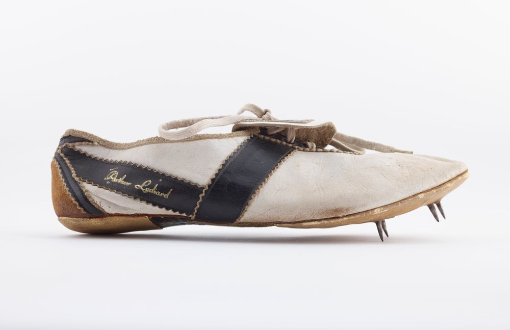 TMP026552; Athletic shoe; 1960; Lydiard, Arthur ; view 01