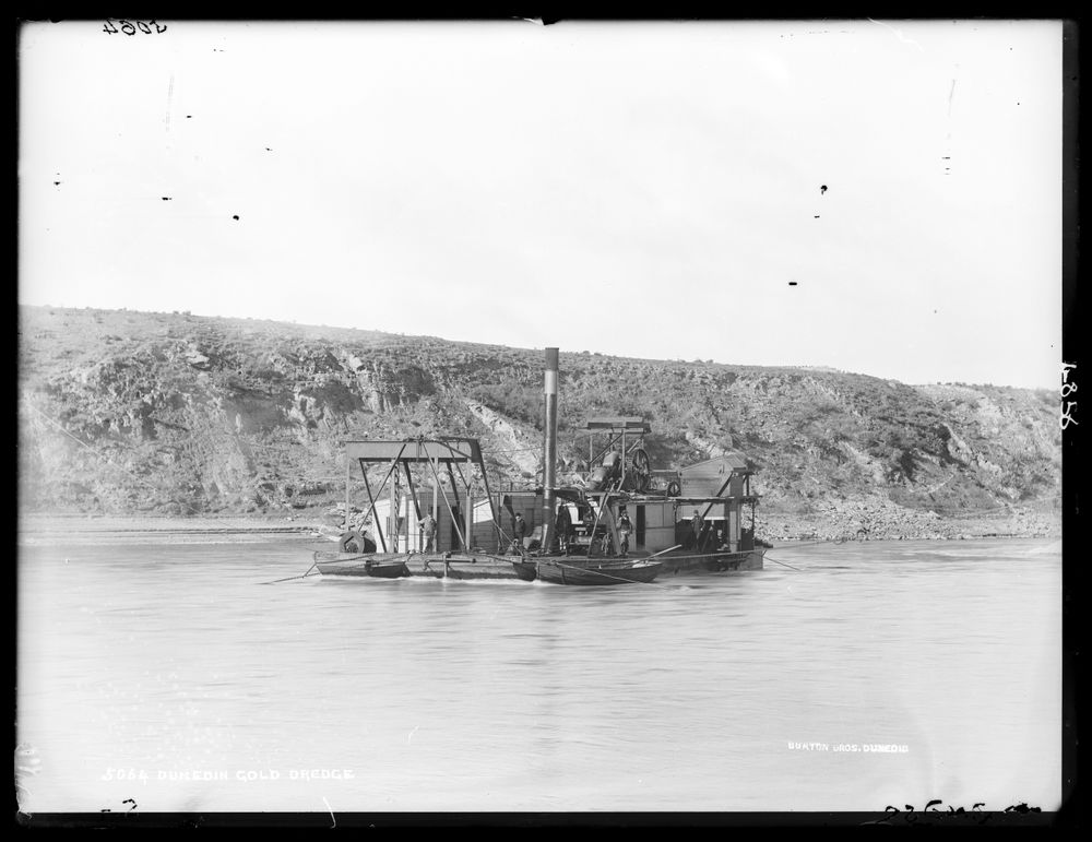 Dunedin gold dredge   Collections Online - Museum of New