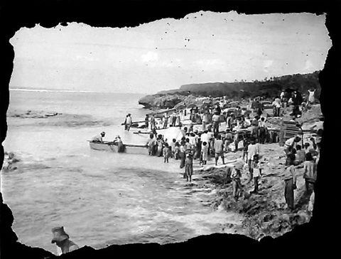 Arrival of supplies on Atiu Island (image/tiff)