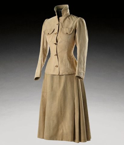 Uniform, woman's